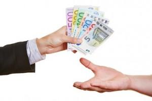 Saat lainayrityksiltä lainaa 2000 - 3000 euroa todella nopeasti